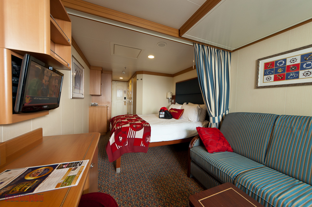 Disney Dream Stateroom 9648