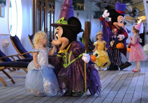 Halloween Cruises - Minnie and a Little Princess