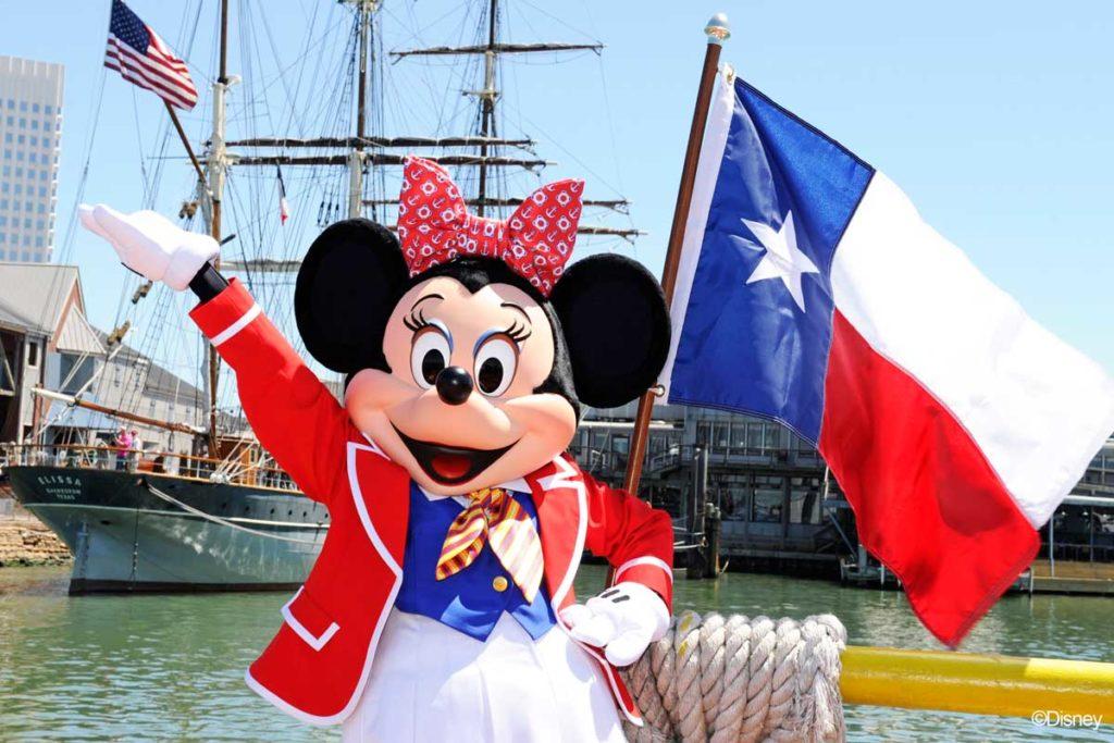 Minnie Mouse Visits Galveston, Texas