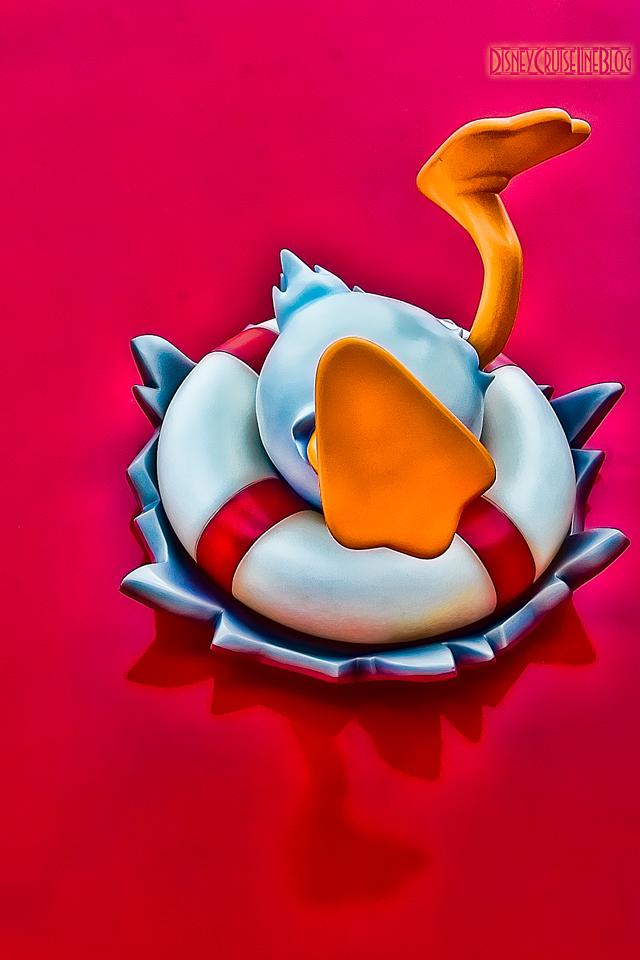 AquaDuck iPad Wallpaper