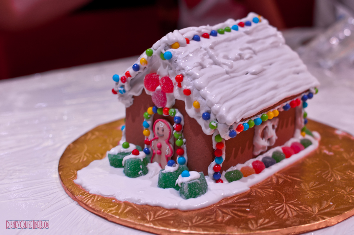 Gingerbread House Decorating on the Disney Fantasy • The ...
