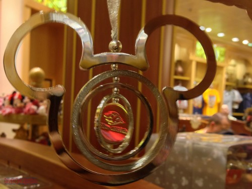 DCL 2012 Holiday Merchandise - Ring Ornament