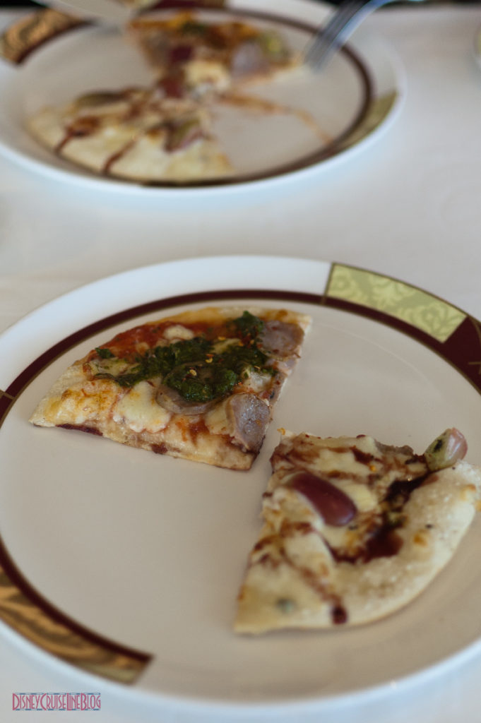 Palo Brunch - Gargonzolla Grape & Spicy Pizzas