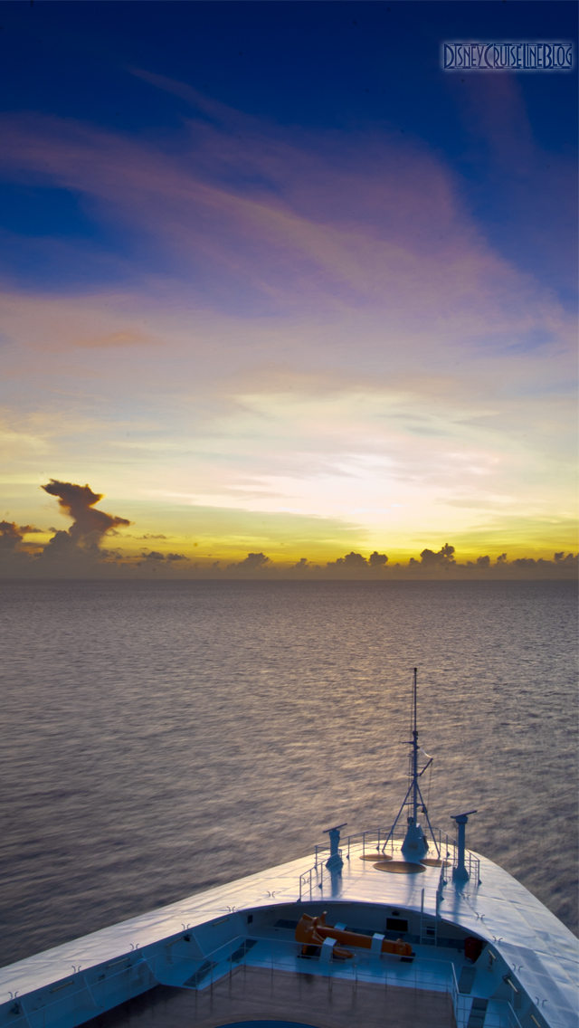 A Wonderful Sunrise iPhone 5 Wallpaper