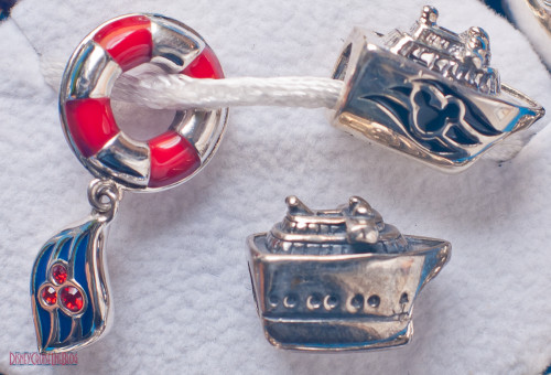 Disney Cruise Line Chamilia Beads - Close up Life Preserver & Sh