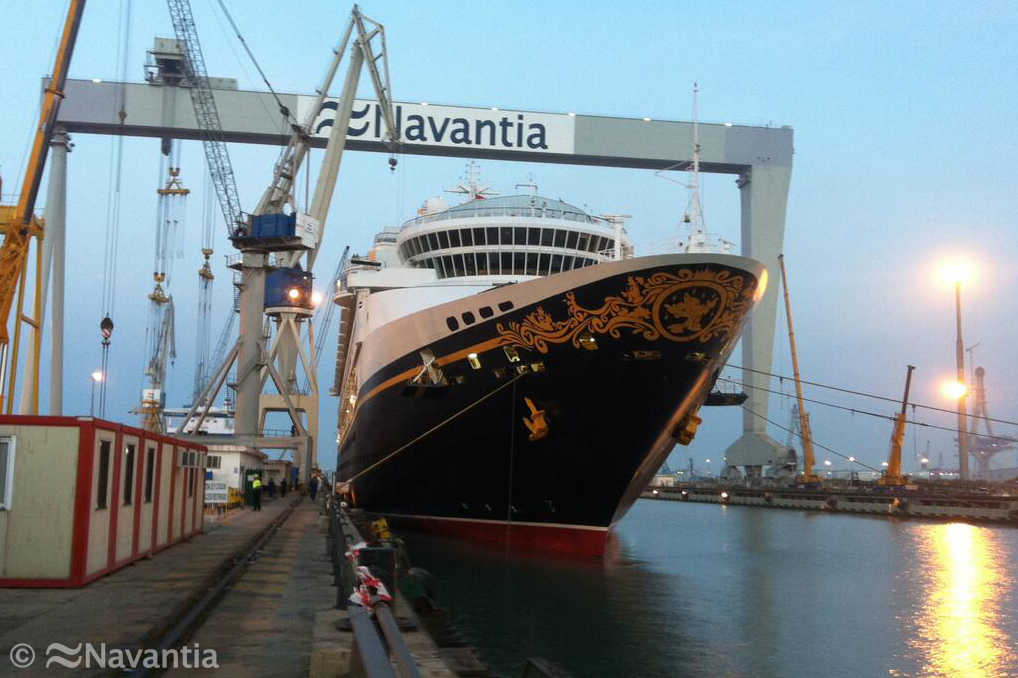 Disney Magic Bow Navantia Cadiz Puerto Real