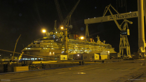Disney Magic Dry Dock Cadiz KUB Starboard Dock Night