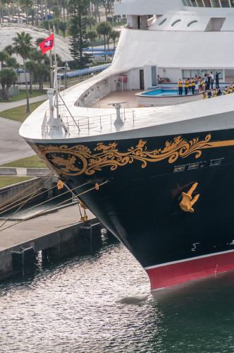 Disney Magic Bulbus Bow Port Canaveral