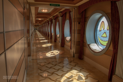 Disney Dream Halloween On The High Seas Porthole Shadows