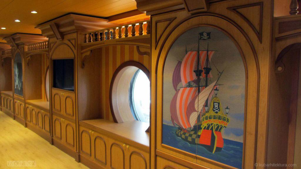 Disney Magic Dry Dock Cadiz KUB Oceaneer Lab Portholes
