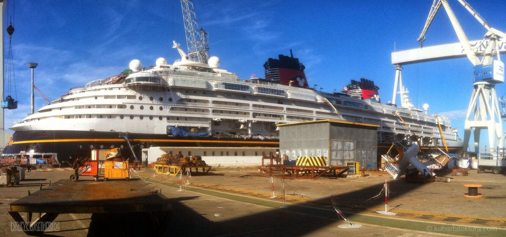 Disney Magic Dry Dock Cadiz KUB Paint Starboard Aft
