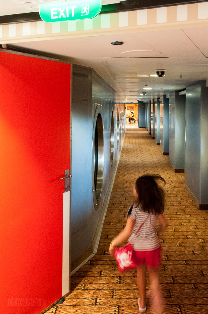 Disney Magic Oceaneer Club To Lab Hallway