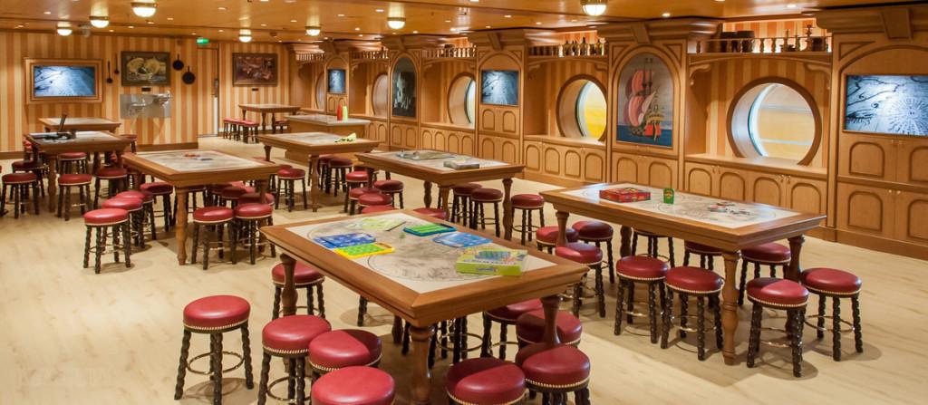 Disney Magic Oceaneer Lab Craft Tables