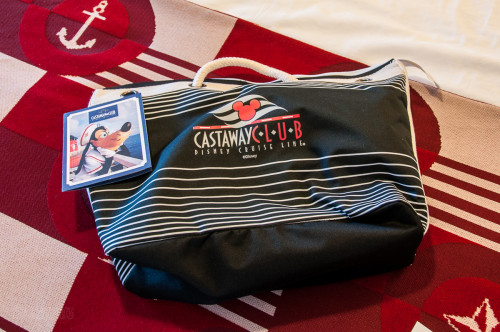 DCL Platinum Castaway Club 2014 Gift Tote