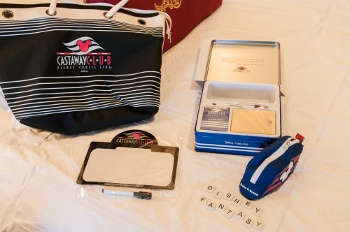 DCL Platinum Castaway Club 2014 Gift Tote Contents