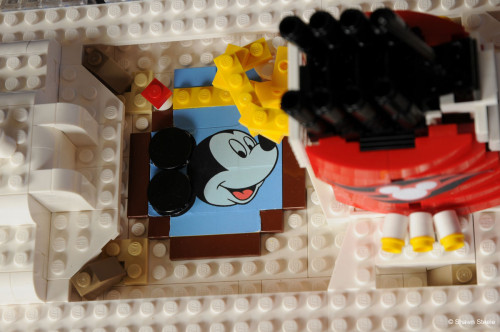 LEGO Disney Wonder Mickey Pool