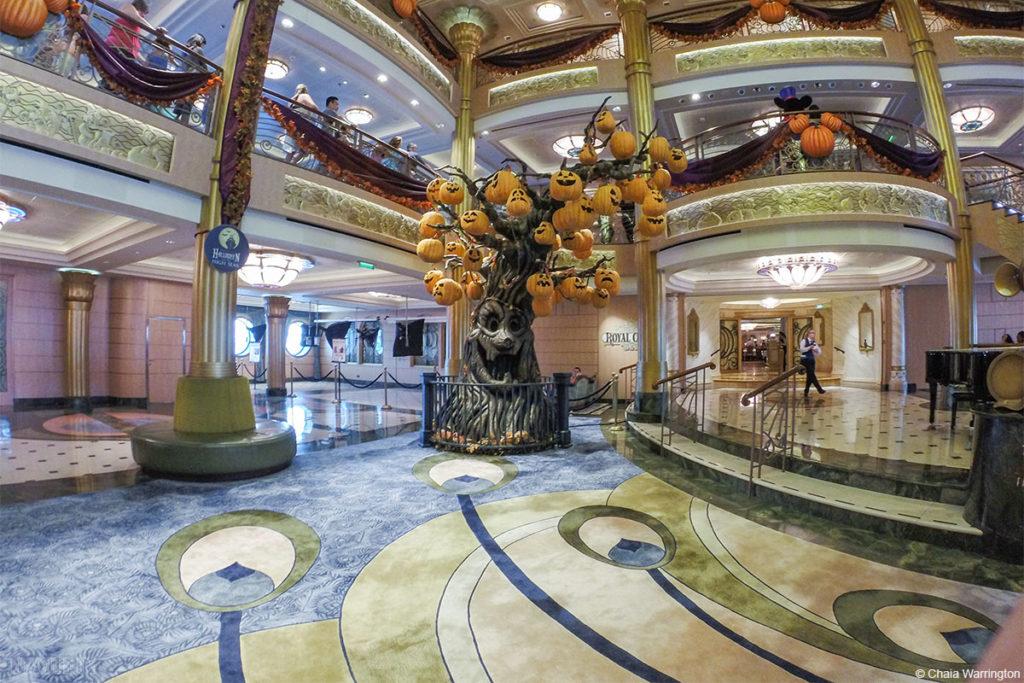 Disney Fantasy Pumpkin Tree Mucklebones 2014