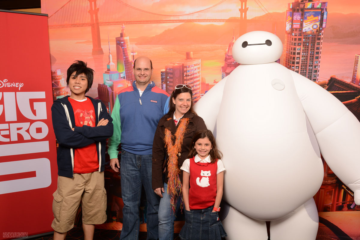 Movie review big hero 6 the disney cruise line blog big hero 6 dpb meetup meet greet with hiro baymax m4hsunfo