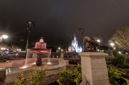 Magic Kingdom Hub Fountain Dumbo