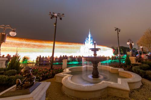 Magic Kingdom Hub Fountain Main Street Electical Parade