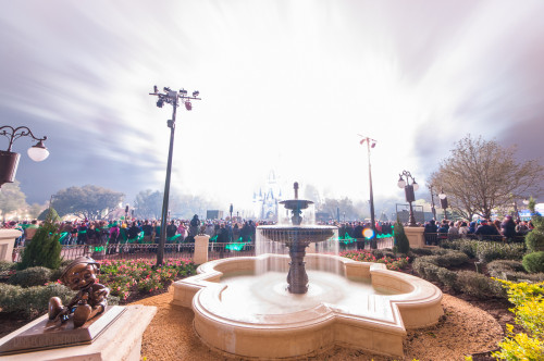 Magic Kingdom Hub Fountain Wishes Finale White Out