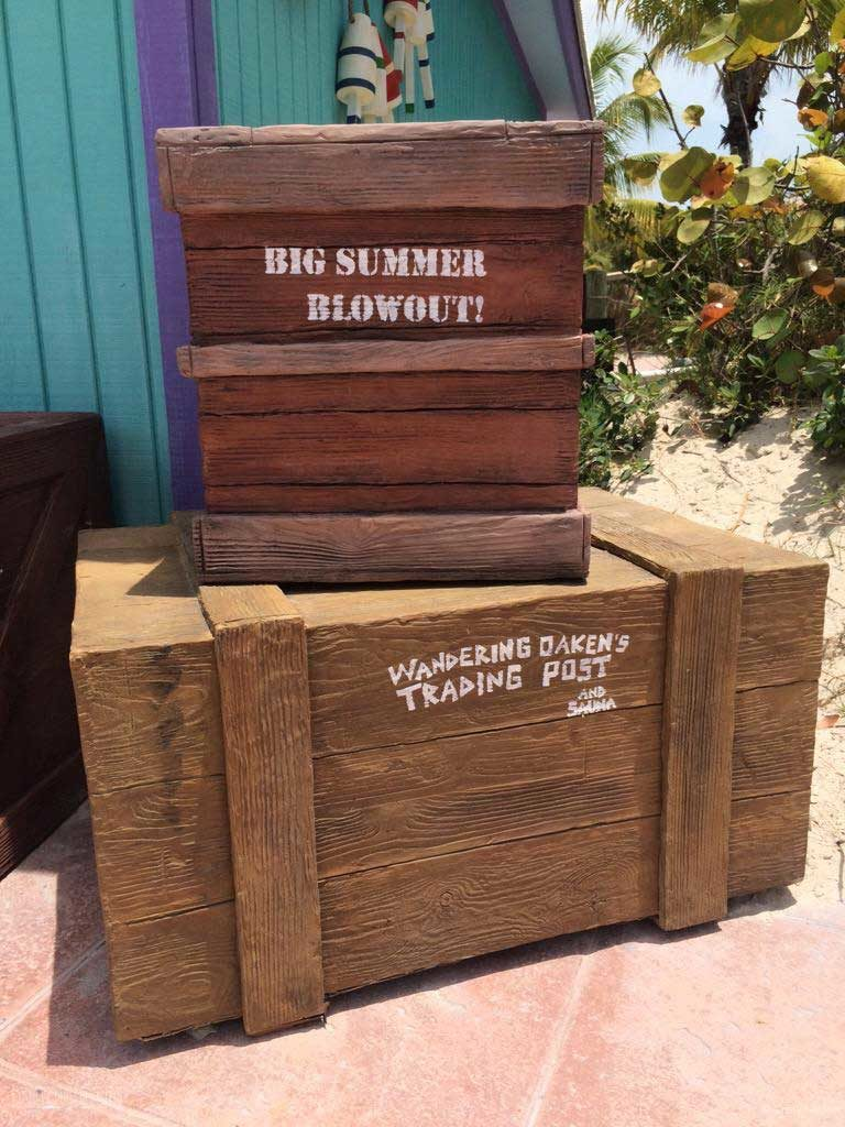 DCL Summertime Freeze Wandering Oaken's Props