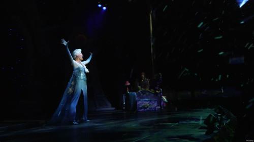 Disney Dreams Frozen Peter Pan Elsa