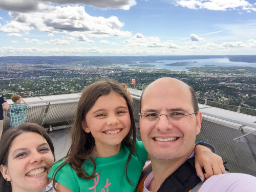 Holmenkollen Family Photo With Disney Magic