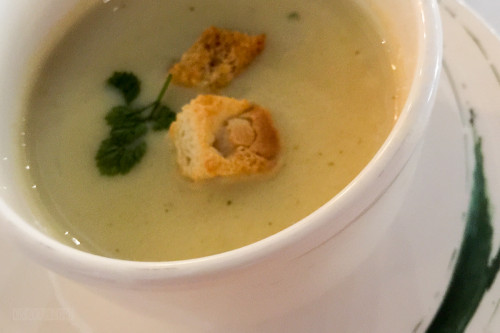 Land And Sea Cauliflower Soup