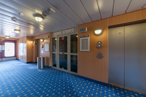 Disney Magic Radio Studio Deck 10 Midship