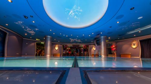 Oceaneer Club Disney Dream Play Floor Millenium Falcon Star Wars