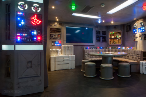Star Wars Millenium Falcon Starboard Area Wide Oceaneer Club Dis