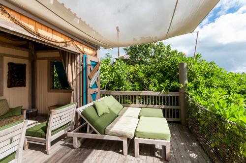 Family Beach Cabana 6 Patio