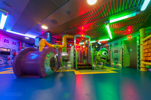 Monsters Inc Oceaneer Club Disney Fantasy