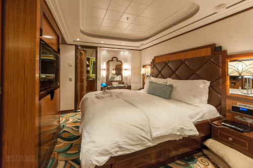 1 Bedroom Concierge Stateroom Bedroom