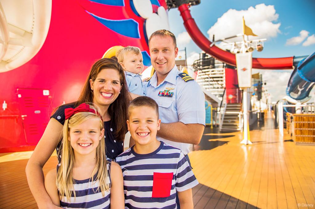 Tangled The Musical Military Family Disney Magic AquaDunk