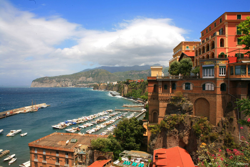 DCL Sorrento Coastline