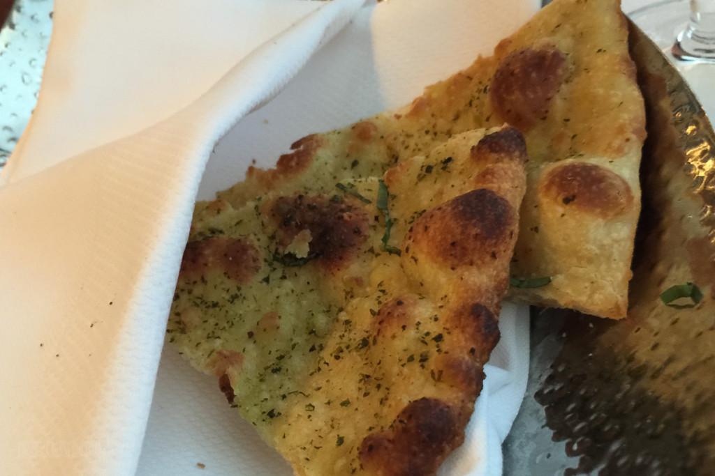 Palo Dinner Bread Service