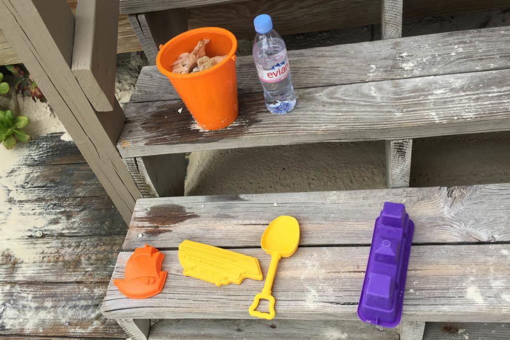 Castaway Cay Cabana 9 Sand Toys