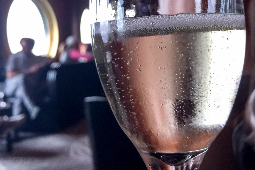 Champagne Tasting Domaine Chandon Brut Classic