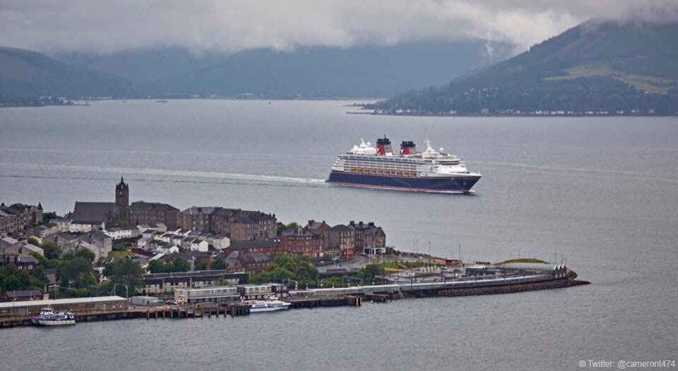 Disney Magic Greenock Cameront474