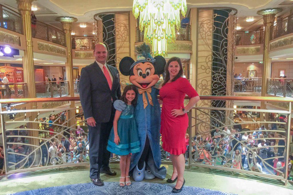 Flapper Minnie Family Photo