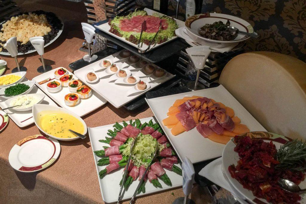 Palo Brunch Buffet Meats & Cheeses 1