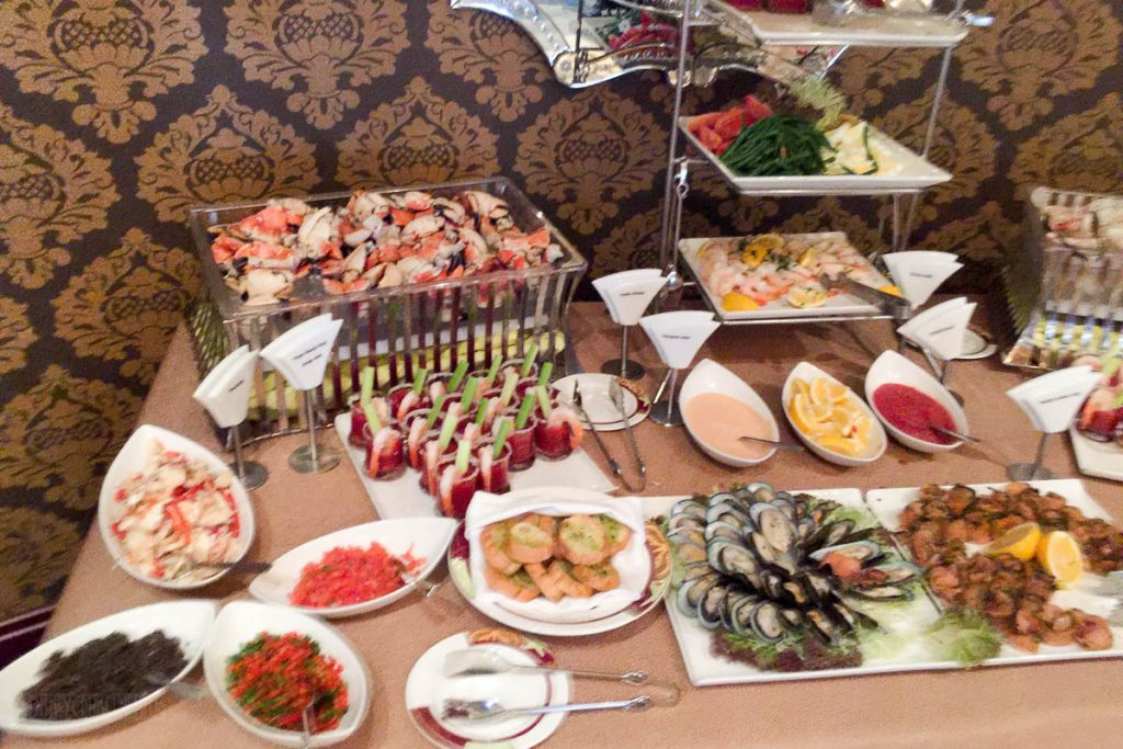 Palo Brunch Buffet Seafood 2