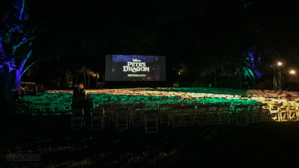 Pete's Dragon Meet Up Outdoor Screen