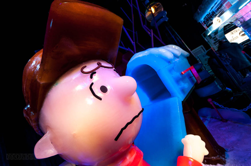 Gaylord Palms ICE Peanuts 2016 Charlie Brown Mailbox