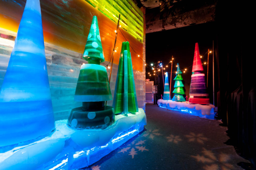 Gaylord Palms ICE Peanuts 2016 Christmas Tree Farm