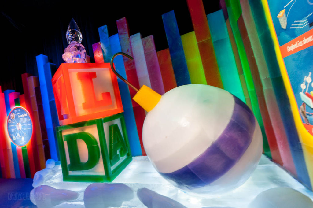 Gaylord Palms ICE Peanuts 2016 Ice Carving Studio