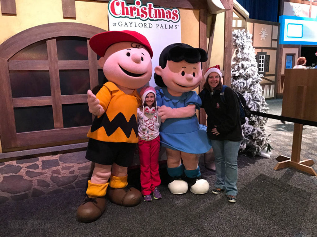Gaylord Palms ICE Peanuts 2016 Meet And Greet