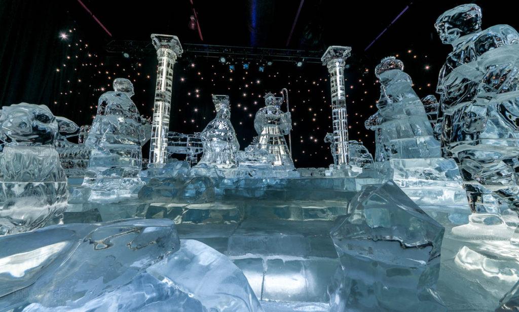 Gaylord Palms ICE Peanuts 2016 Nativity III